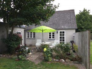 Her er huset vi bor i på Lolland.